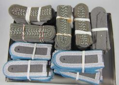 großer Satz NVA-Schulterstückeoriginal aus NVA-Beständen, 90 Stk, 45 Paar Schulterstücke,