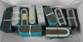 großer Satz NVA-Schulterstückeoriginal aus NVA-Beständen, ca. 125 Stk, ca. 62 Paar Schulterstücke,