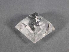 geschliffener Kristallwohl Bergkristall, geschliffen, Gebr.sp., L. 4, H. 3