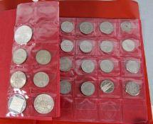 Konvolut Münzenca. 55 Stk.Münzen, davon 14 Silbermünzen: 1 Maria-Thersien-Taler, 1 Medaille Mondflug