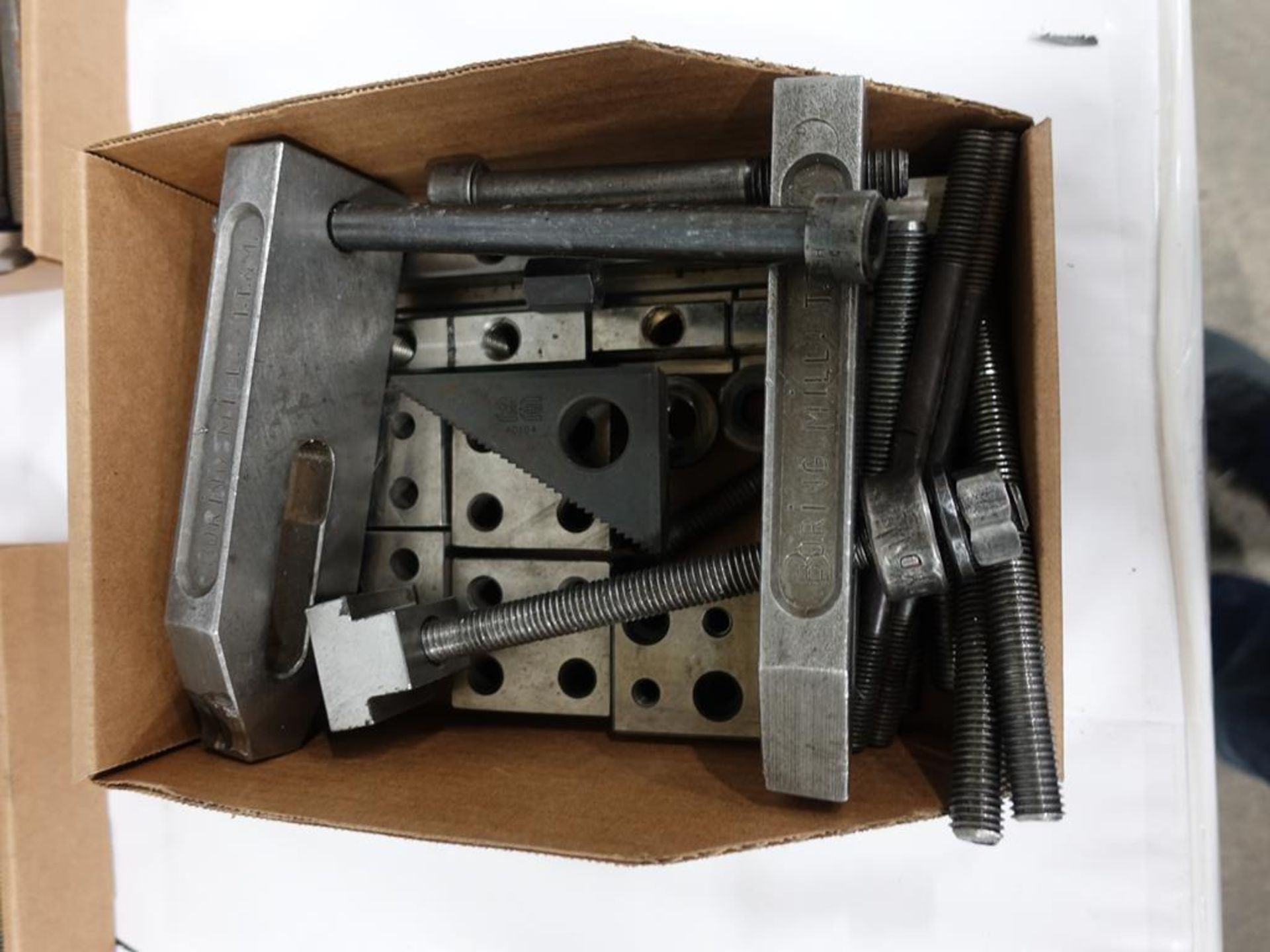 Lot 41 - LOT OF ASSORTED CLAMPS AND SPACERS