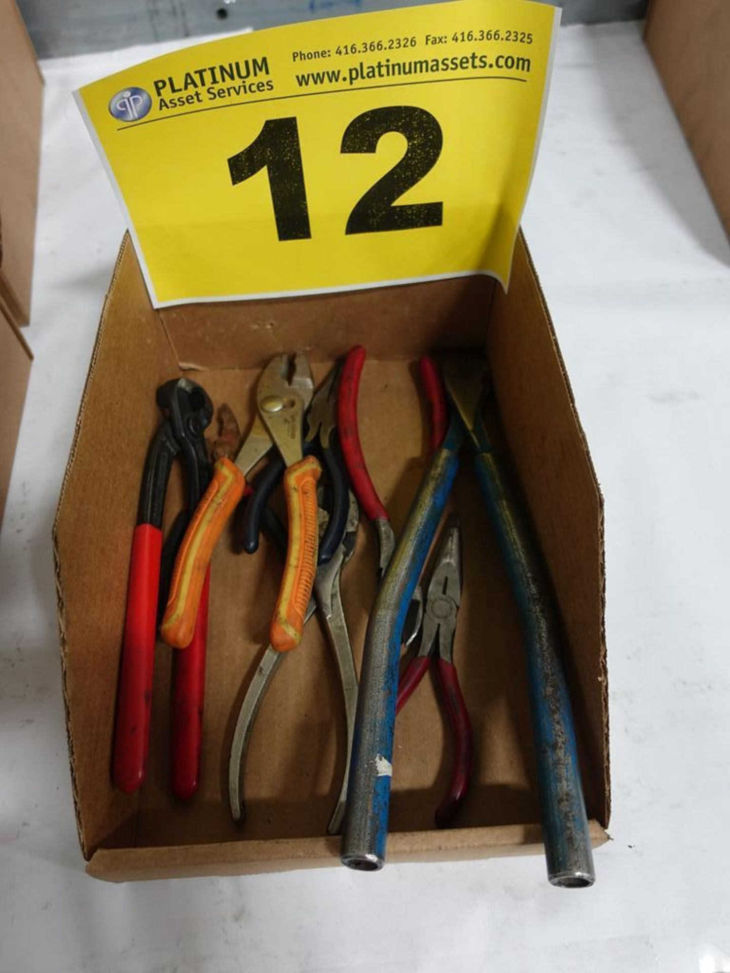 Lot 12 - LOT OF ASSORTED PLIERS