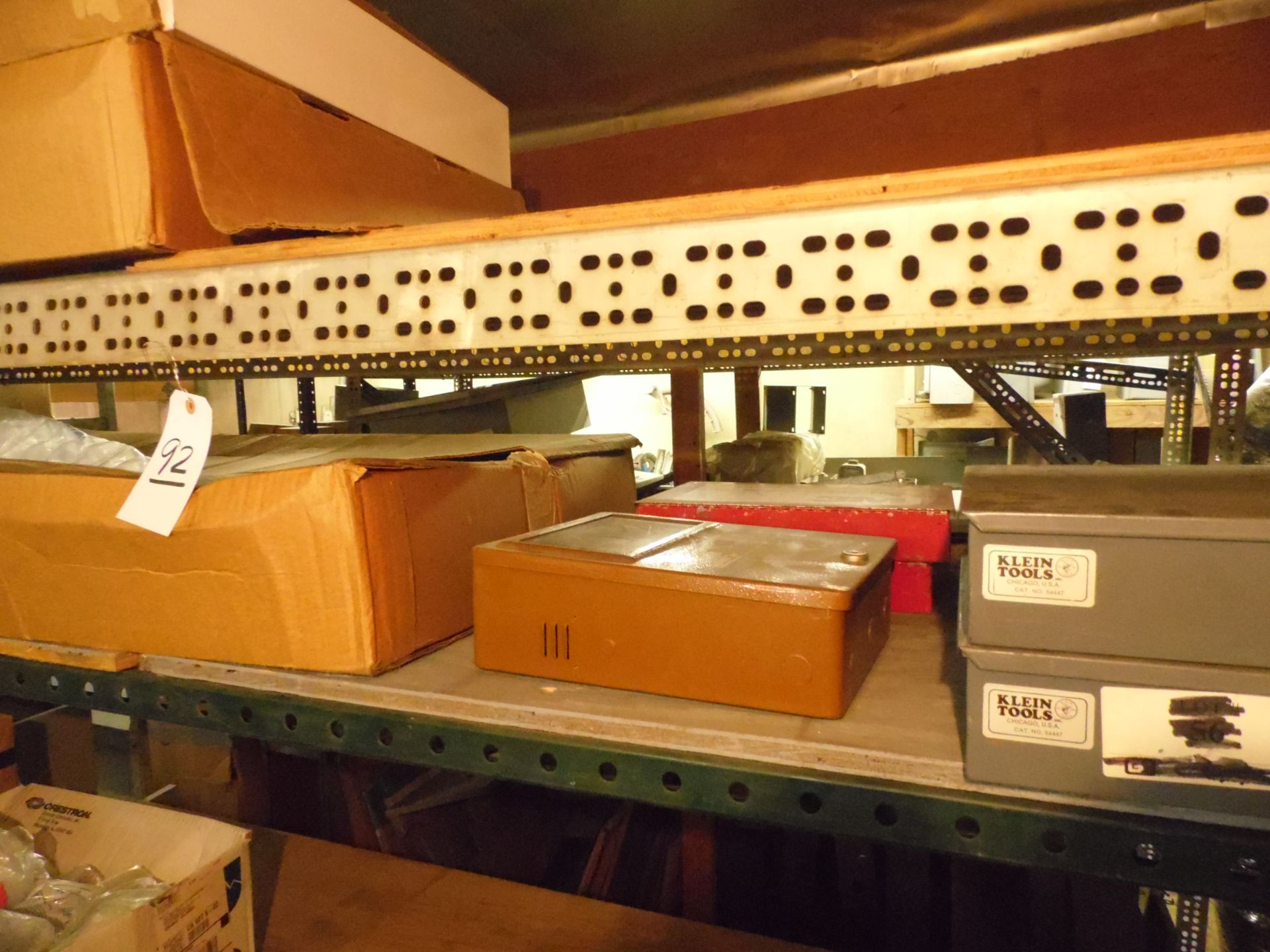 Lot 92 - RACK w/ CONTENTS, NUT / BOLT CABINETS