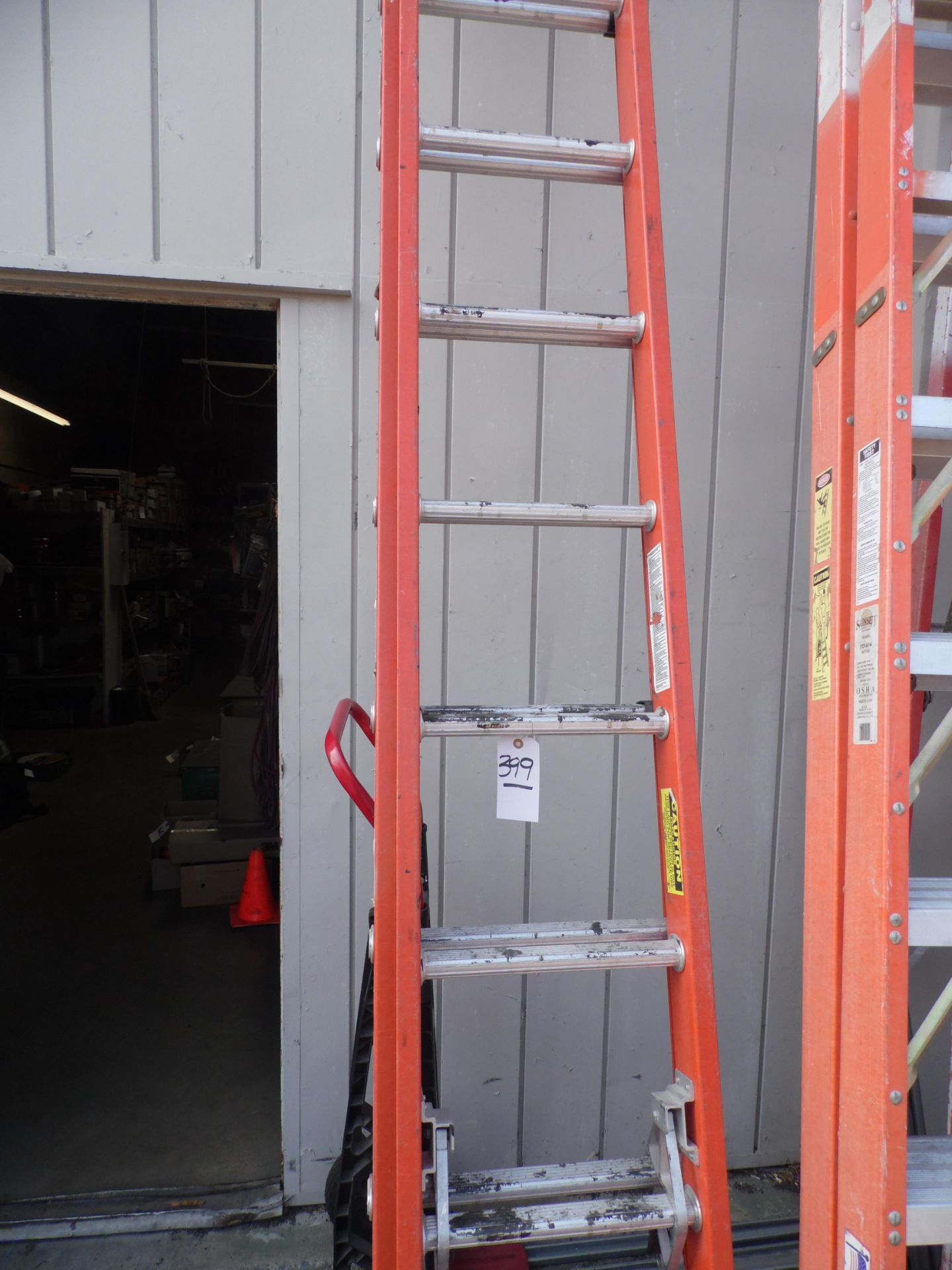 Lot 399 - WERNER EXTENSION LADDER