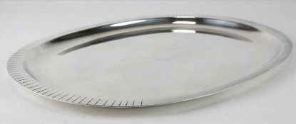 SilbertablettSilber 925 punziert. Größe ca. 27 x 20,5 cm, Höhe ca. 1 cm. Gewicht ca. 361,5 cm.