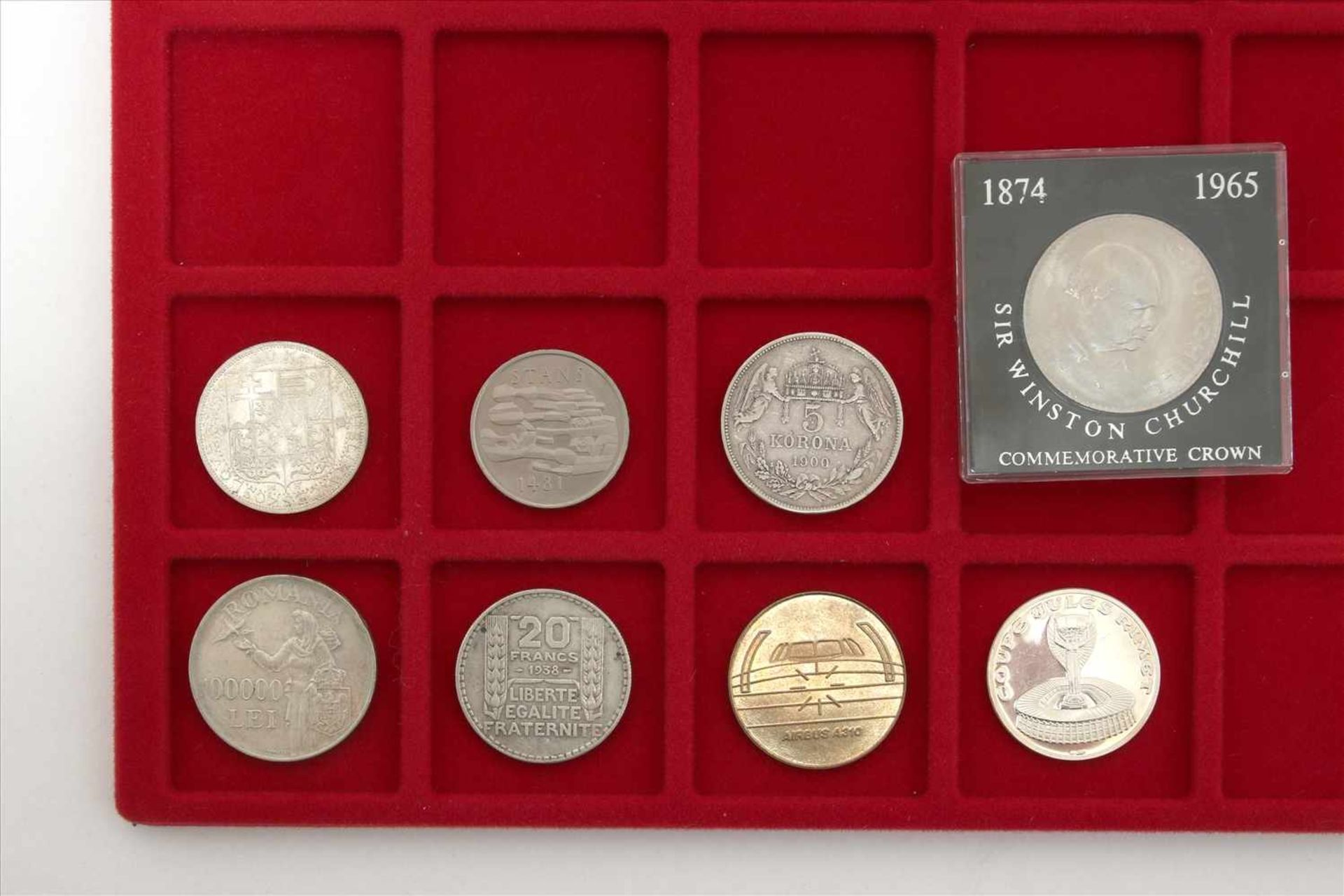 Los 40 - Konvolut MünzenAcht diverse wie abgebildet.