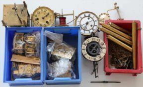 Konvolut UhrenteileMeist Werke für Regulatoren, teils 19. Jh. etc. Zustand wie abgebildet. Bitte