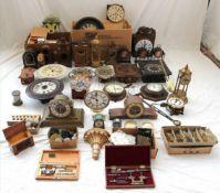 Konvolut Uhrenteileund Uhren, teils 19. Jh. Werkzeug etc. Zustand wie abgebildet. Bitte selbst