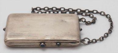 Reiseutensil19. Jh. Silber 800. Seltenes Reise-Etui mit Gliederkette. Zu öffnen über mehrere mit