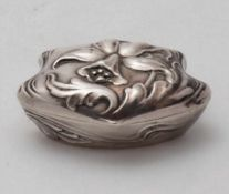 PillendöschenDeutscher Jugendstil um 1900. Silber (nicht punziert, geprüft) innen ausvergoldet.
