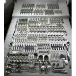 Kapitales Jensen SilberbesteckDänemark 20. Jh. Silber 925 und teils stainless steel und Horn.