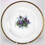 ZiertellerMeissen 19. Jh. Flachgemuldeter Fond mit Blumenbuket im Spiegel und breitem Goldrand.