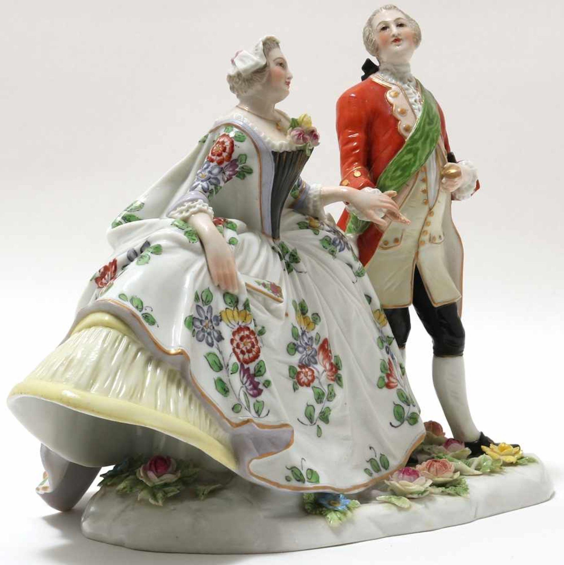 FigurengruppeFrankenthal 18. Jh. Kavalier mit Dame im Krinolinenrock. Porzellan mit aufbossierten - Bild 2 aus 10