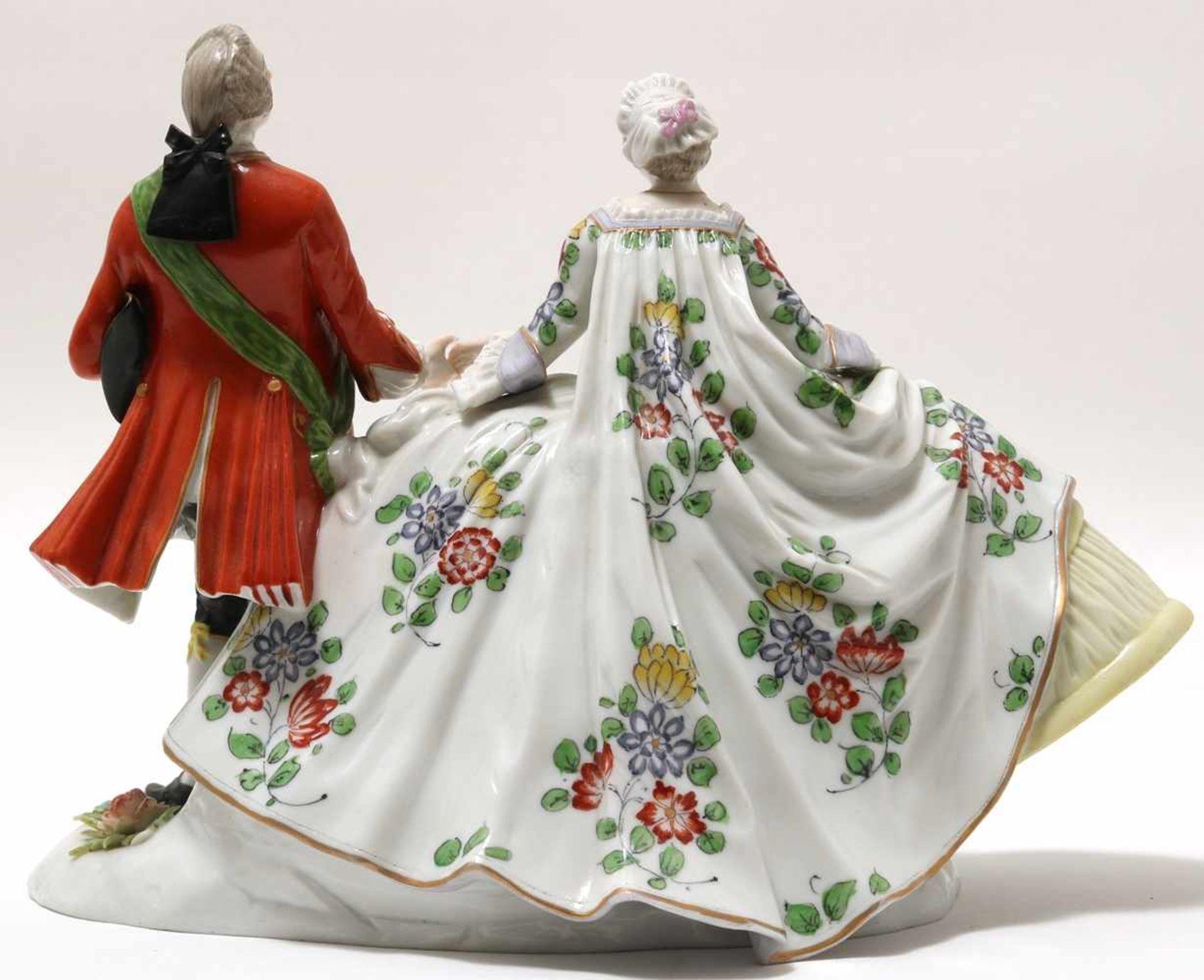 FigurengruppeFrankenthal 18. Jh. Kavalier mit Dame im Krinolinenrock. Porzellan mit aufbossierten - Bild 4 aus 10
