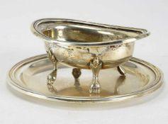 Saliere auf PresentoirDeutsch 20. Jh. Empireform mit stilisierten Löwenfüßchen. Silber 800