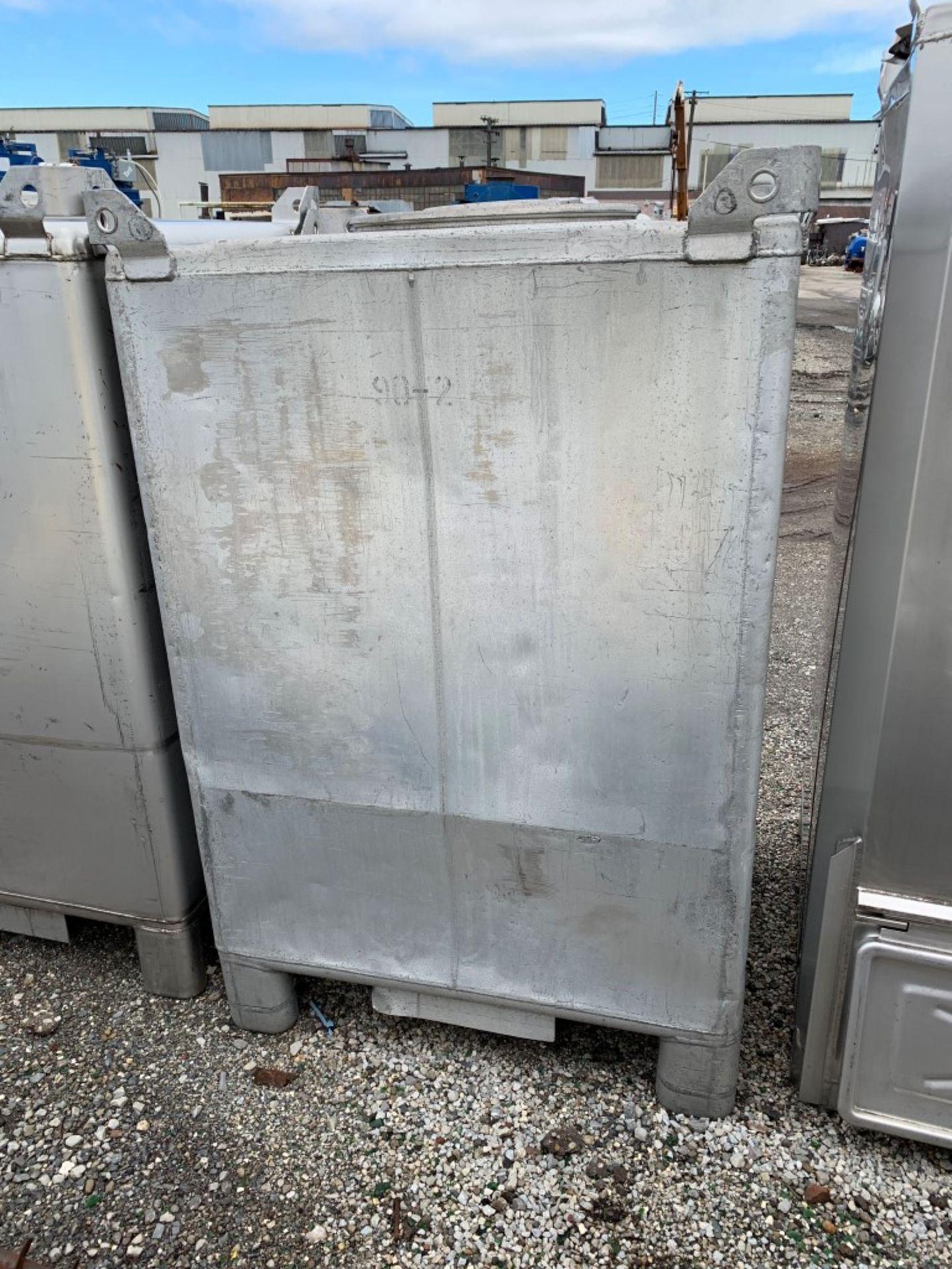 Lot 22 - 74 Cu Ft Tote Systems Tote Bin, Aluminum