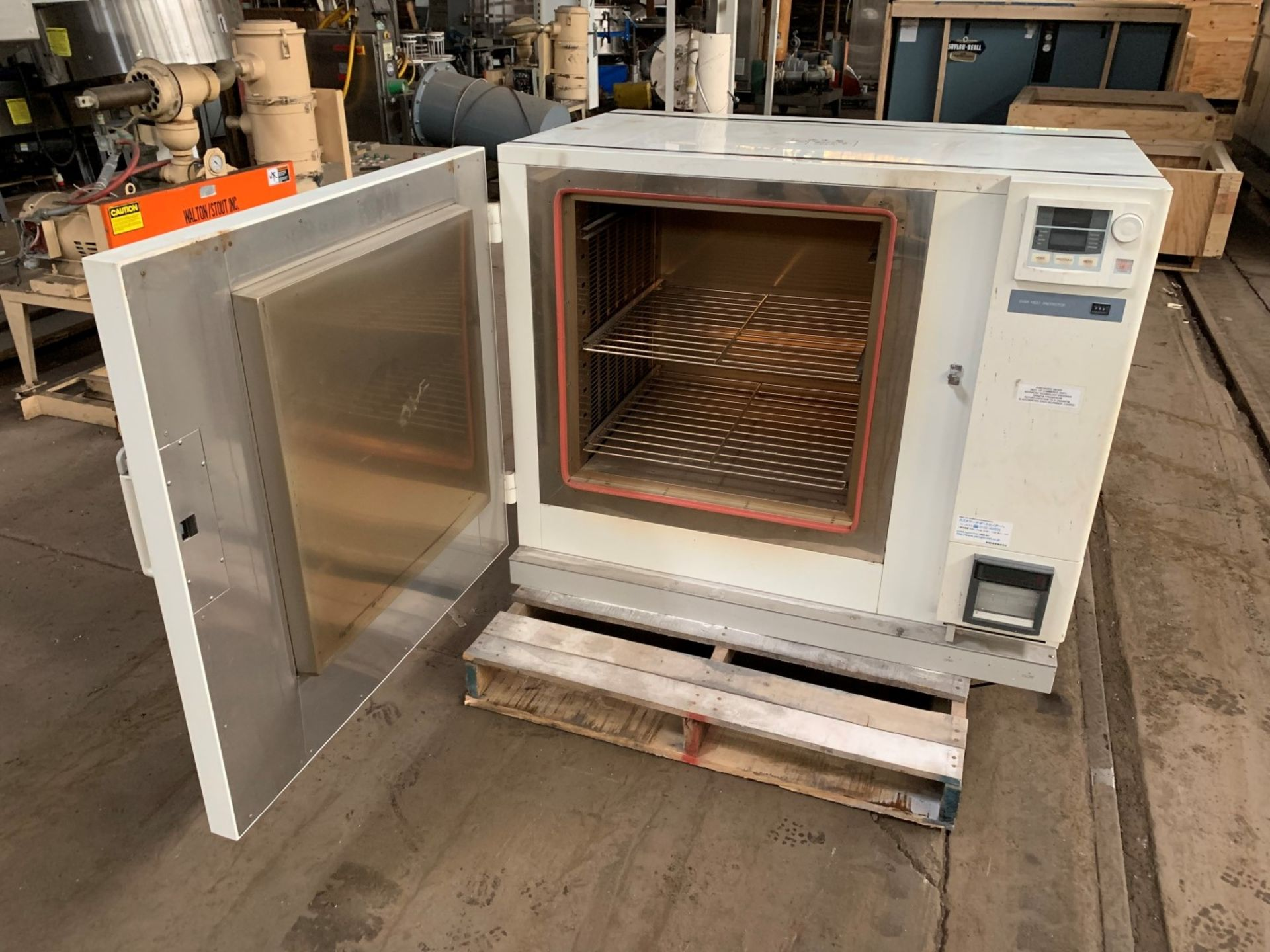 Lot 59 - Yamato DH62 Programmable Convection Oven