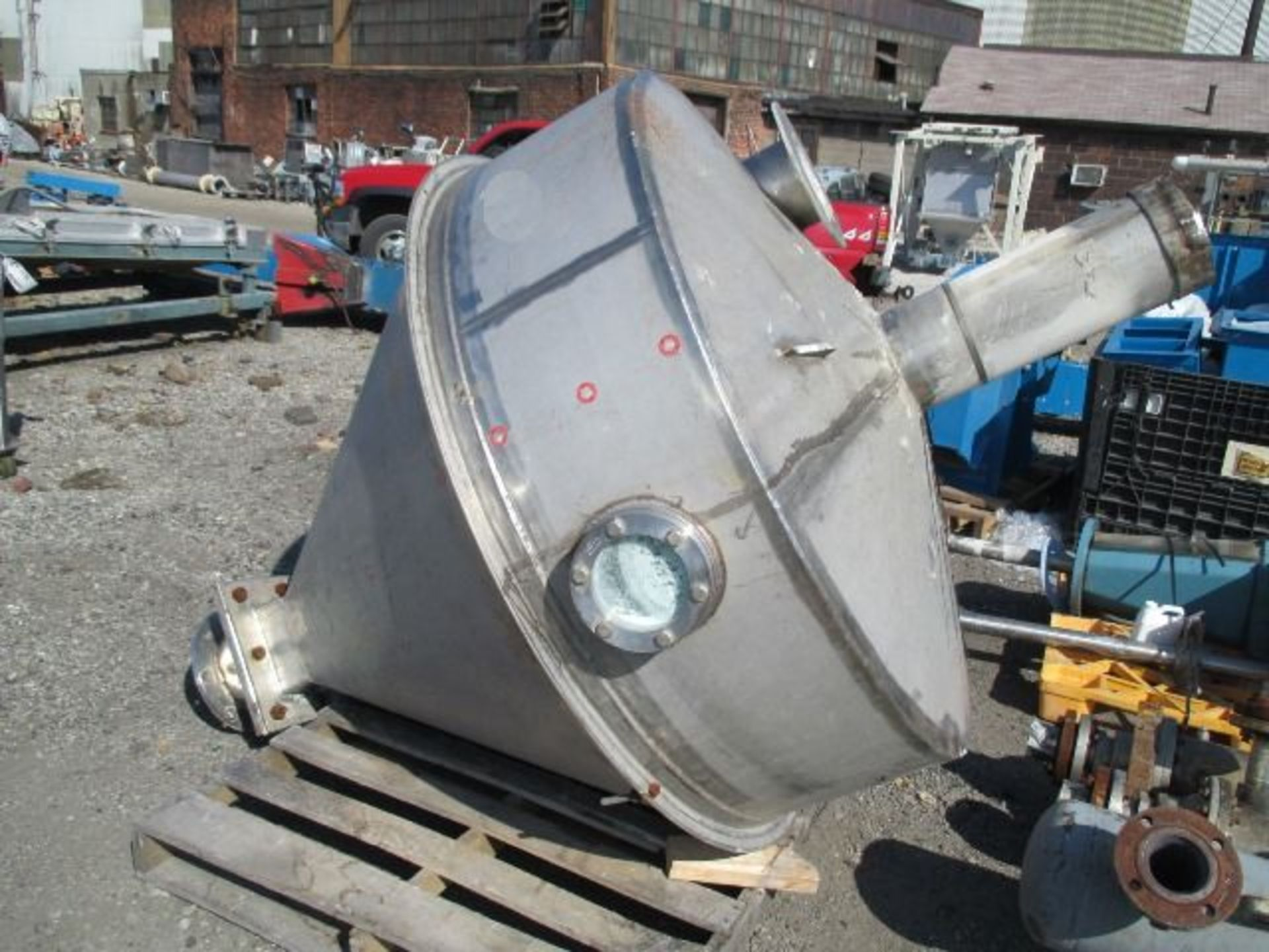 Lot 16 - 350 GAL STAINLESS STEEL FEED HOPPER