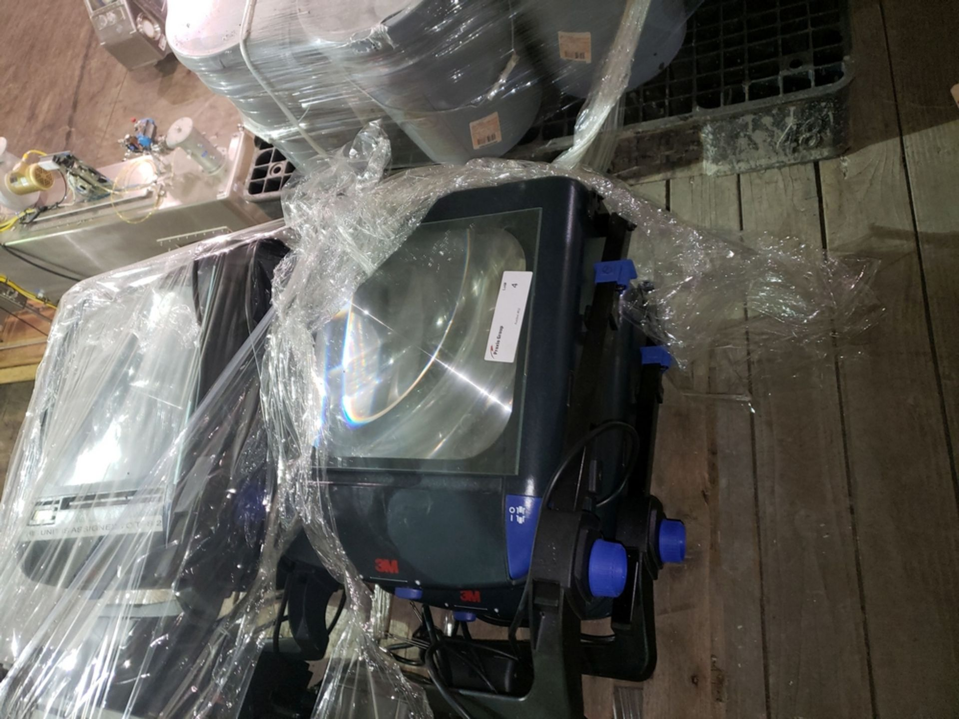 Lot 4 - Pallet of Overhead Projectors, approx (7) 3M overhead projectors, on skid