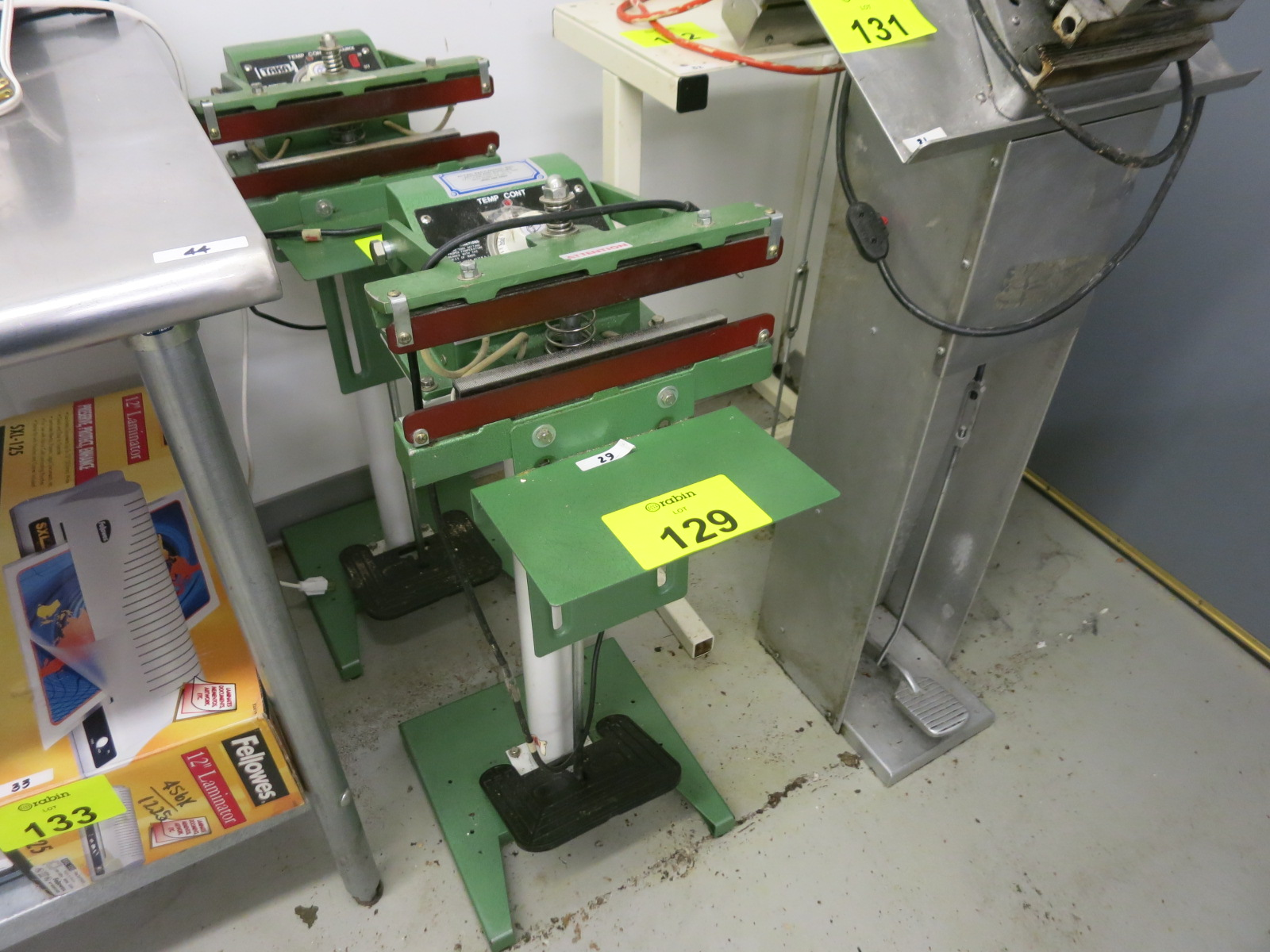 Lot 129 - Bar Sealer
