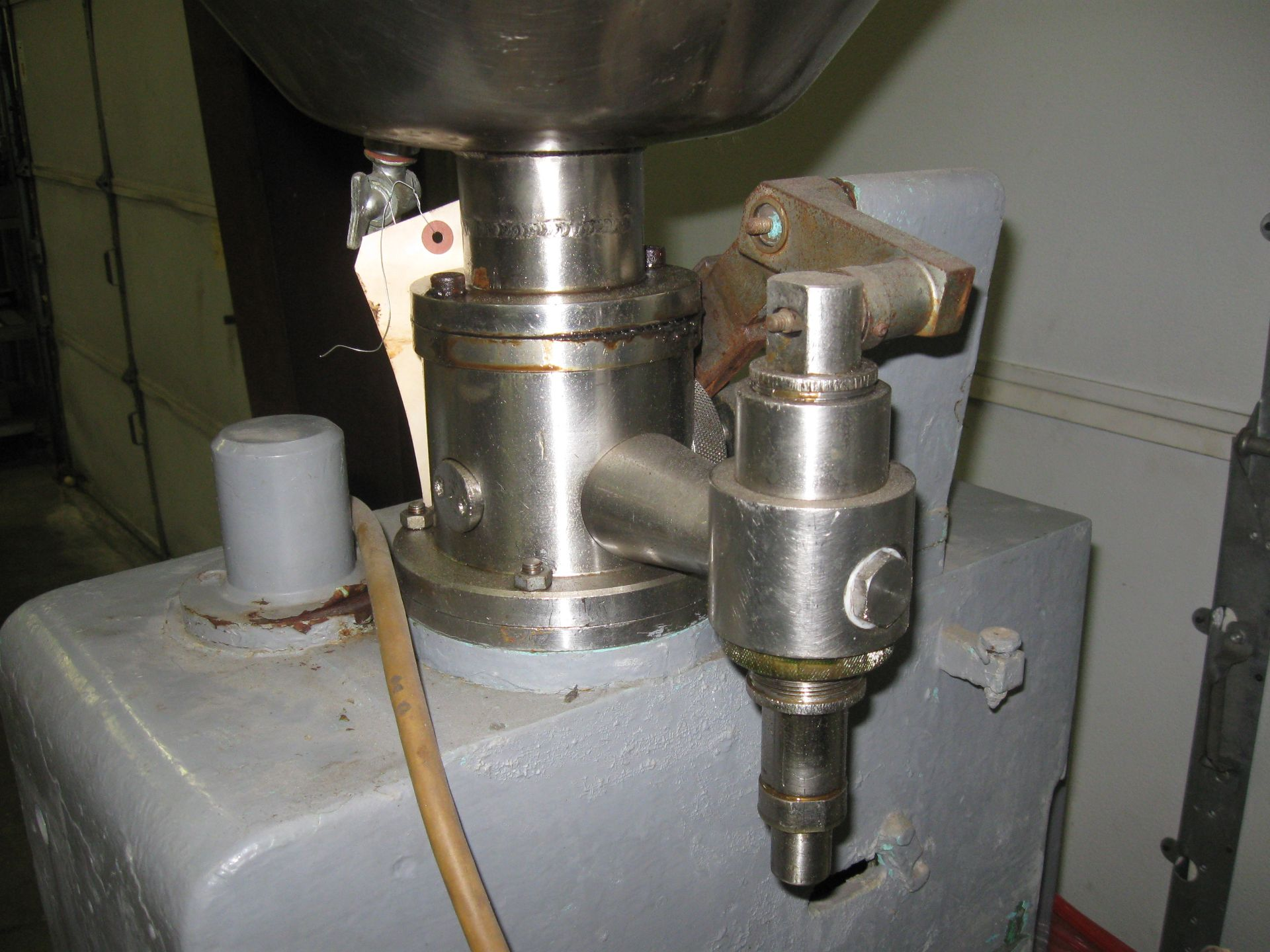 Lot 116 - Tube Filler/Closer