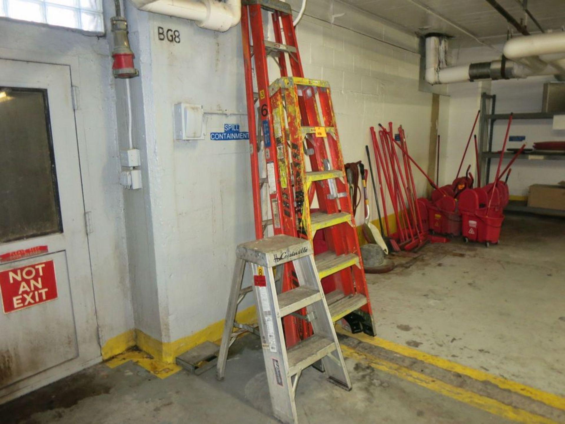 Lot 1486 - Ladders