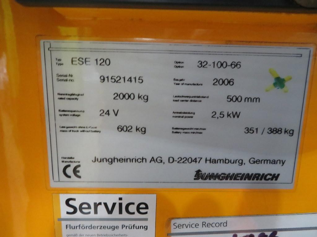 Lot 34 - 2006 JUNGHEINRICH MODEL ESE 120 2000KG RIDE-ON ELECTRIC PALLET TRUCK