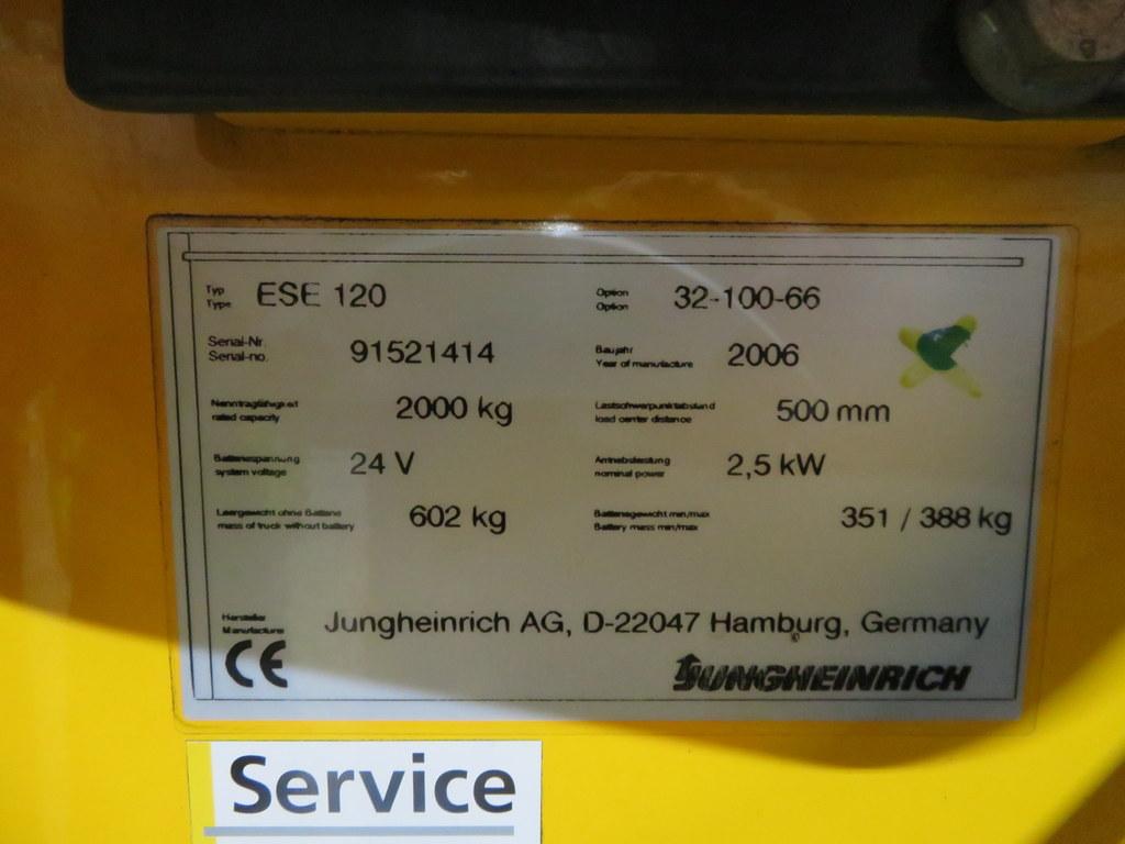 Lot 37 - 2006 JUNGHEINRICH MODEL ESE 120 2000KG RIDE-ON ELECTRIC PALLET TRUCK