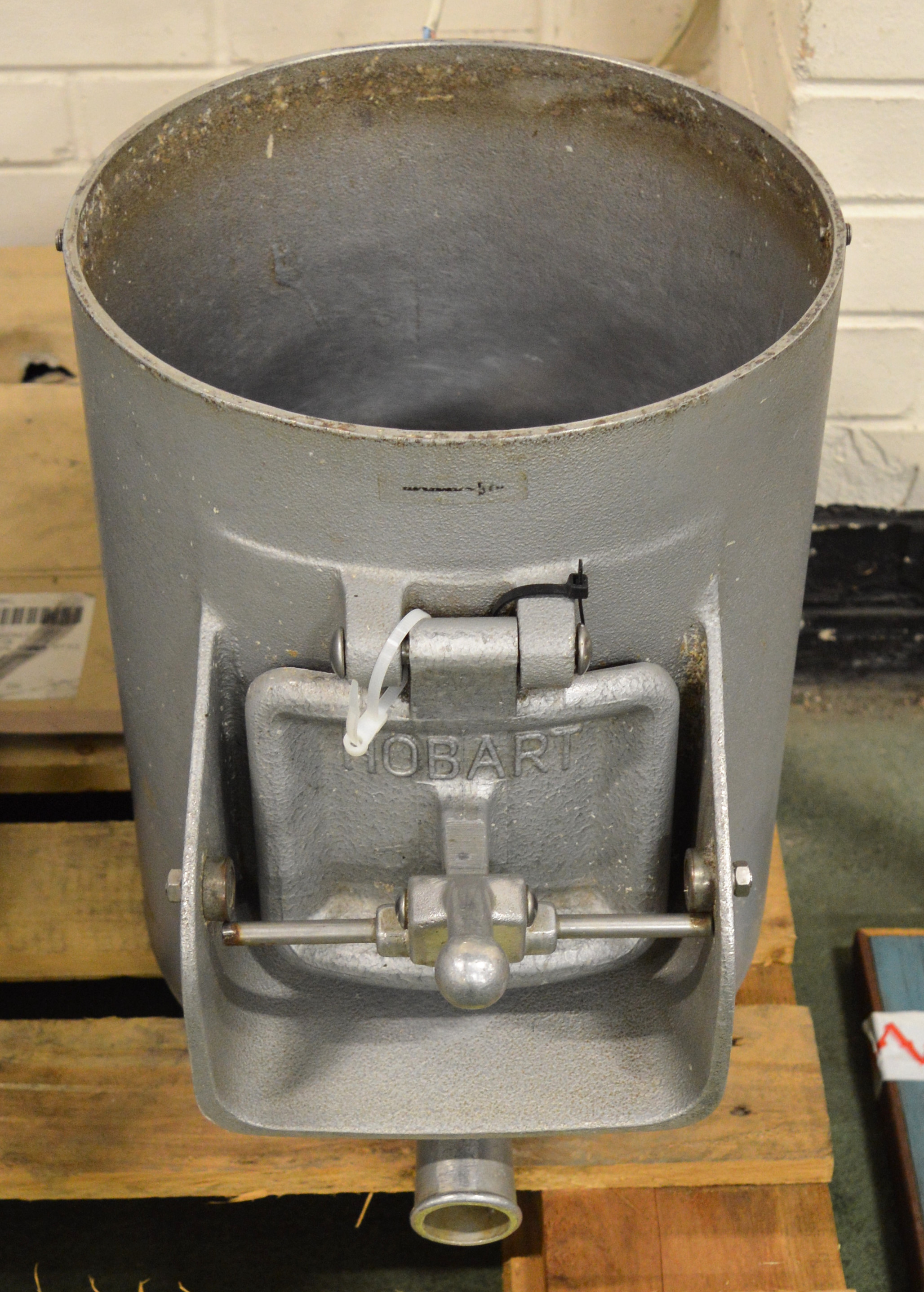 Lot 21 - Hobart E6414 Potato Peeler 14 lb Capacity - For spares or repair.