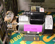 Lot 1070 Image
