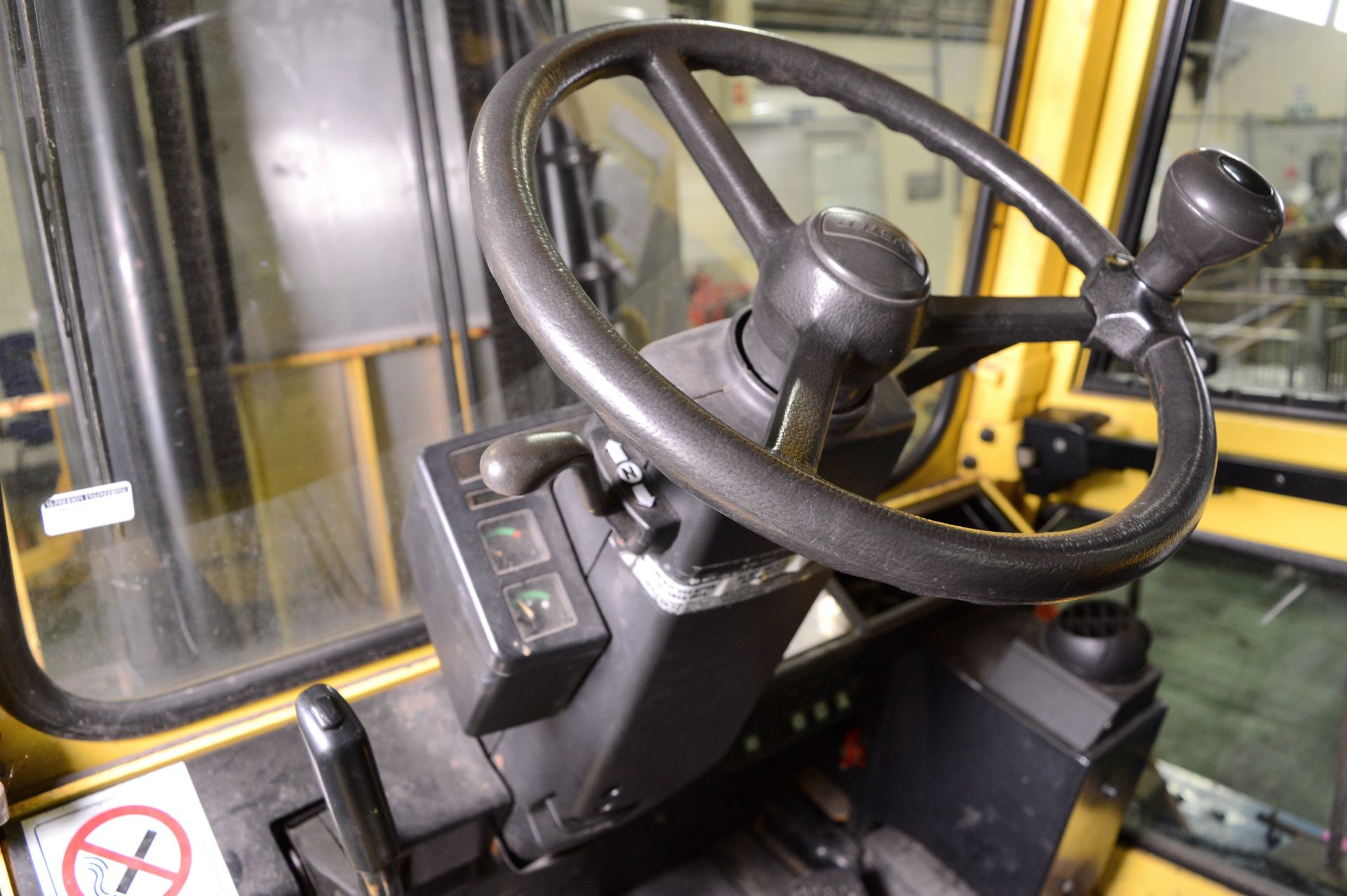 Lot 963 - Hyster 3.2 Tonne Closed Cabin Diesel Forklift.
