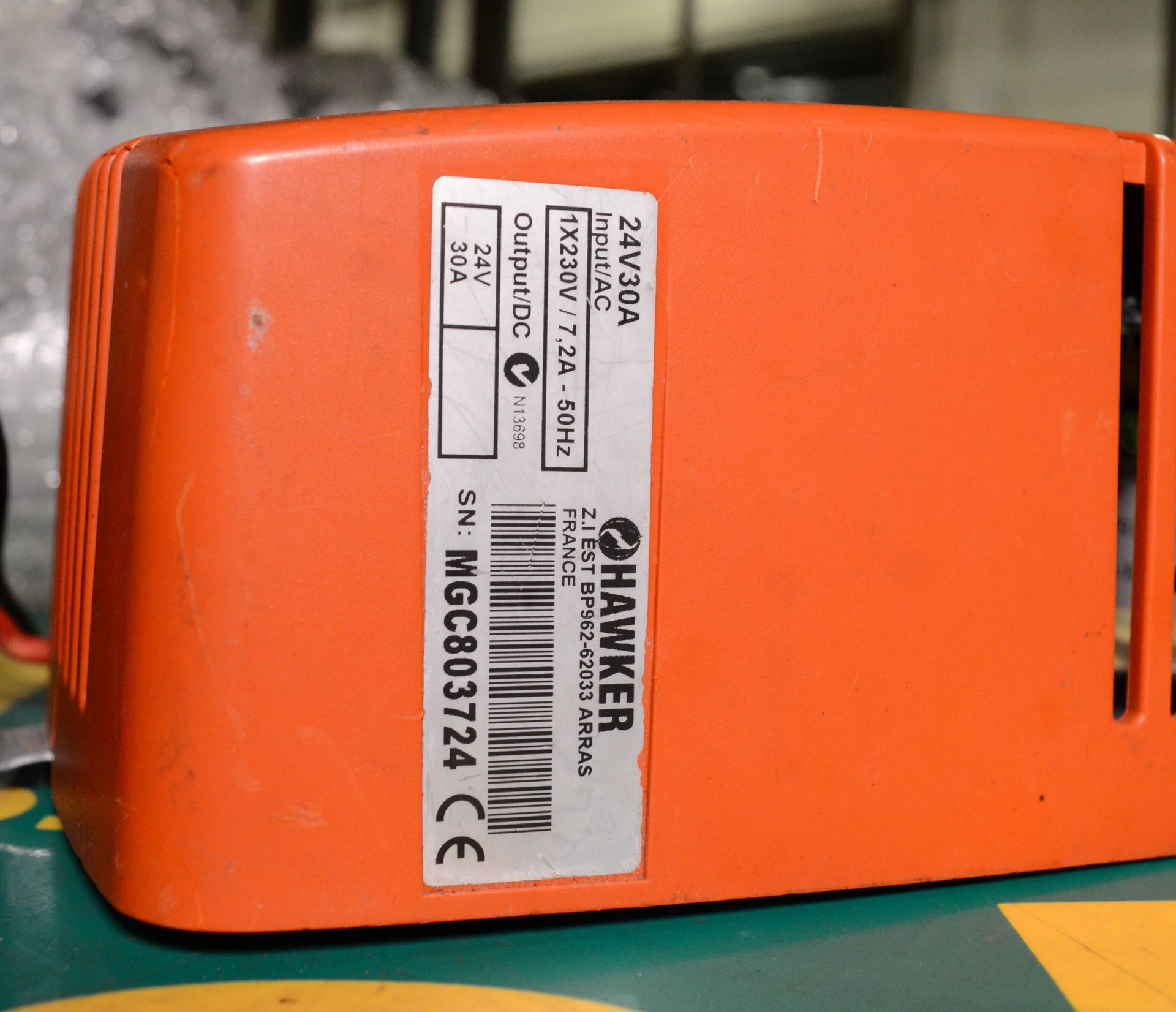 Lot 1317 - LifeTech 24V 30A Forklift Battery Charger.