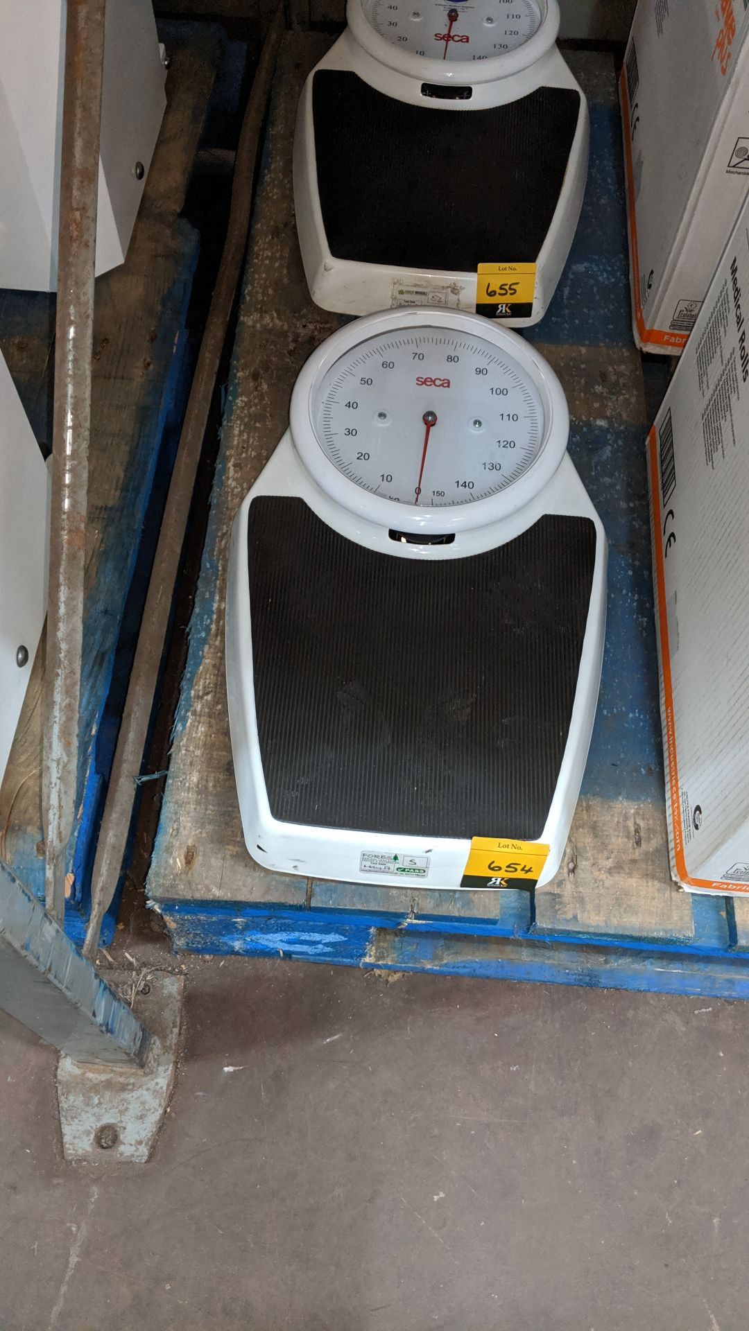 Lot 654 - Seca stand-on scales. This is one of a large number of lots used/owned by One To One (North West)