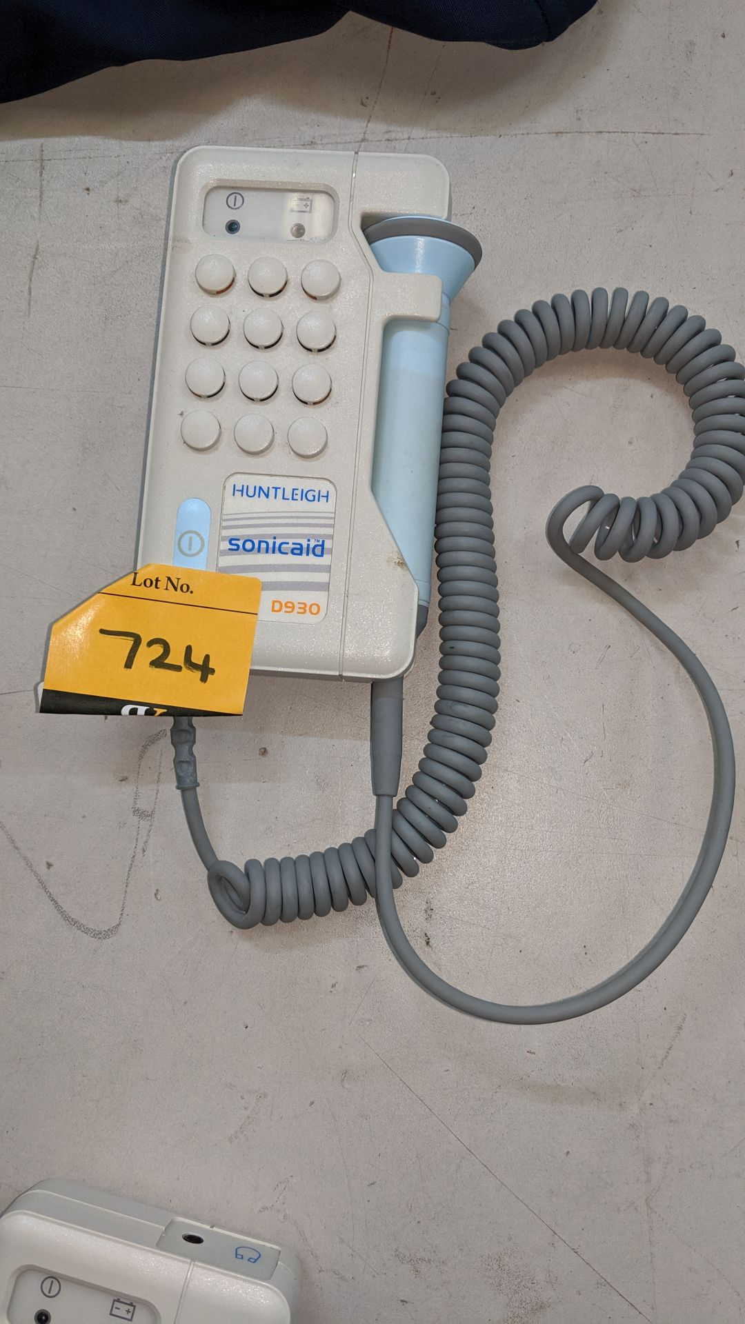 Lot 724 - Huntleigh Sonicaid D930 Fetal Doppler tester. This is one of a large number of lots used/owned by