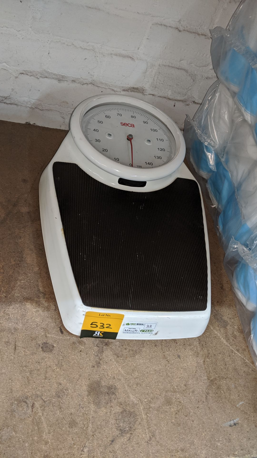 Lot 532 - Seca stand-on scales. This is one of a large number of lots used/owned by One To One (North West)