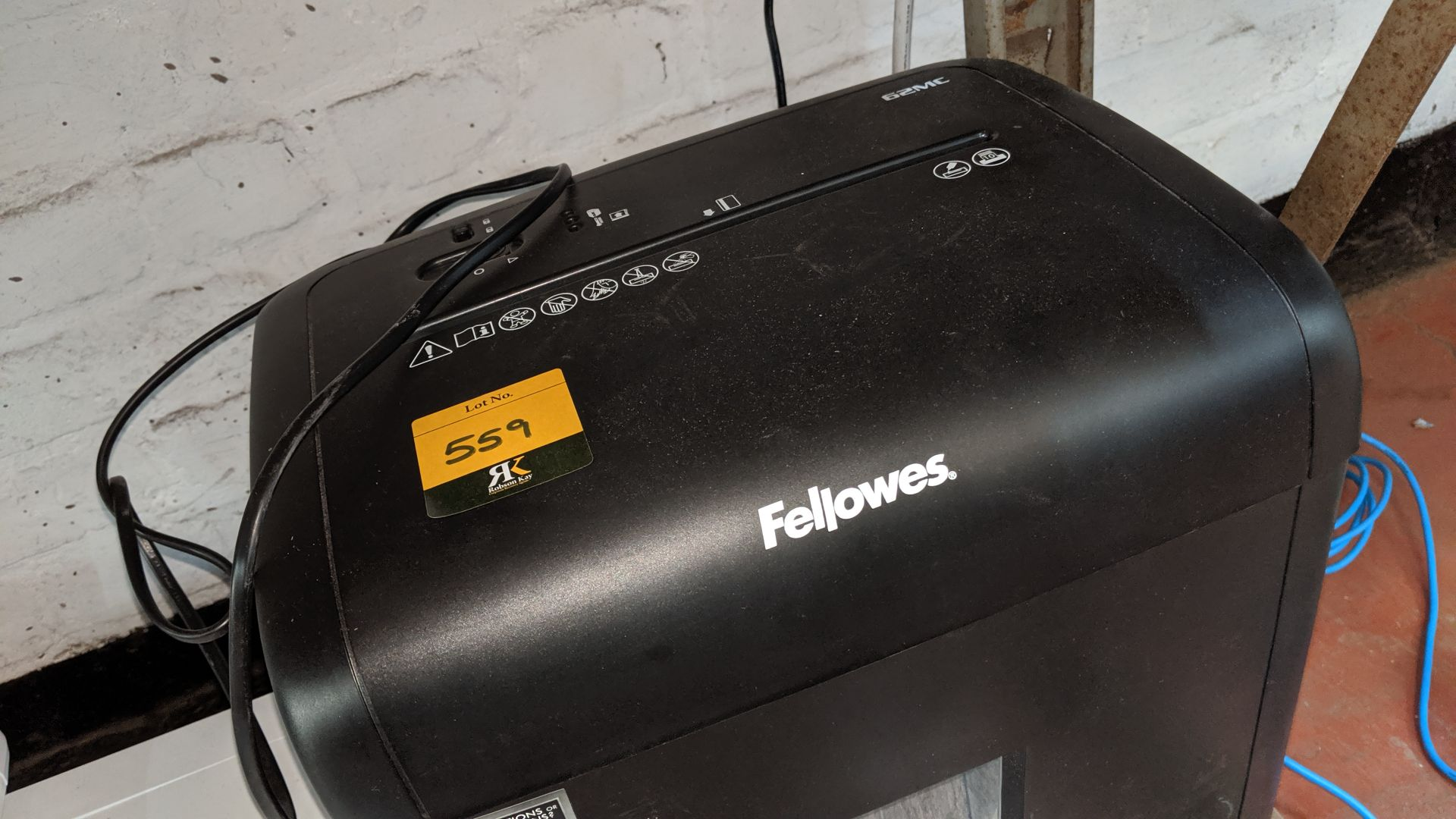 Lot 559 - Fellowes 62MC shredder. This is one of a large number of lots used/owned by One To One (North