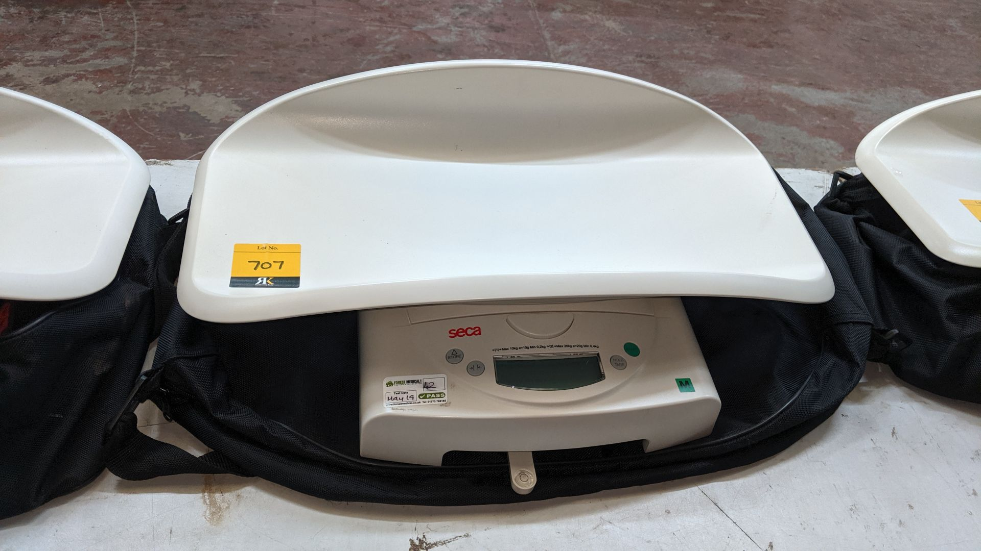 Lot 707 - Seca model 384 baby scales max. capacity 20kg. This is one of a large number of lots used/owned by