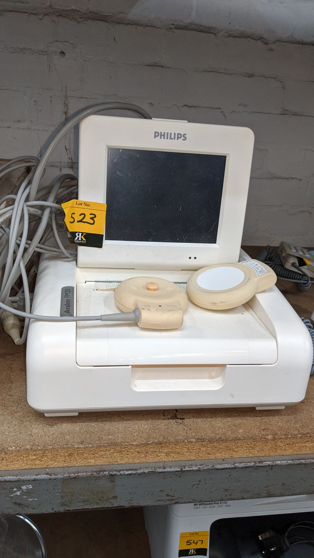 Lot 523 - Philips Avalon model FM20 foetal monitor. This is one of a large number of lots used/owned by One To