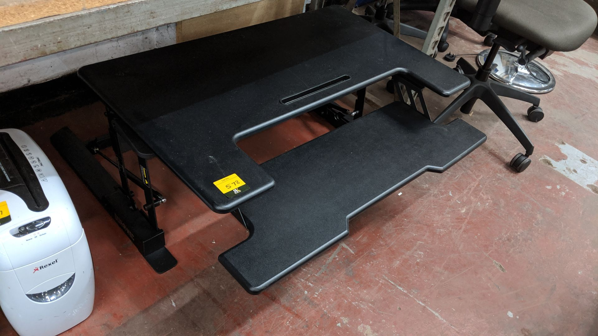 Lot 578 - Large heavy-duty computer desk attachment. Lots 560 - 580 form the total assets of a healthcare