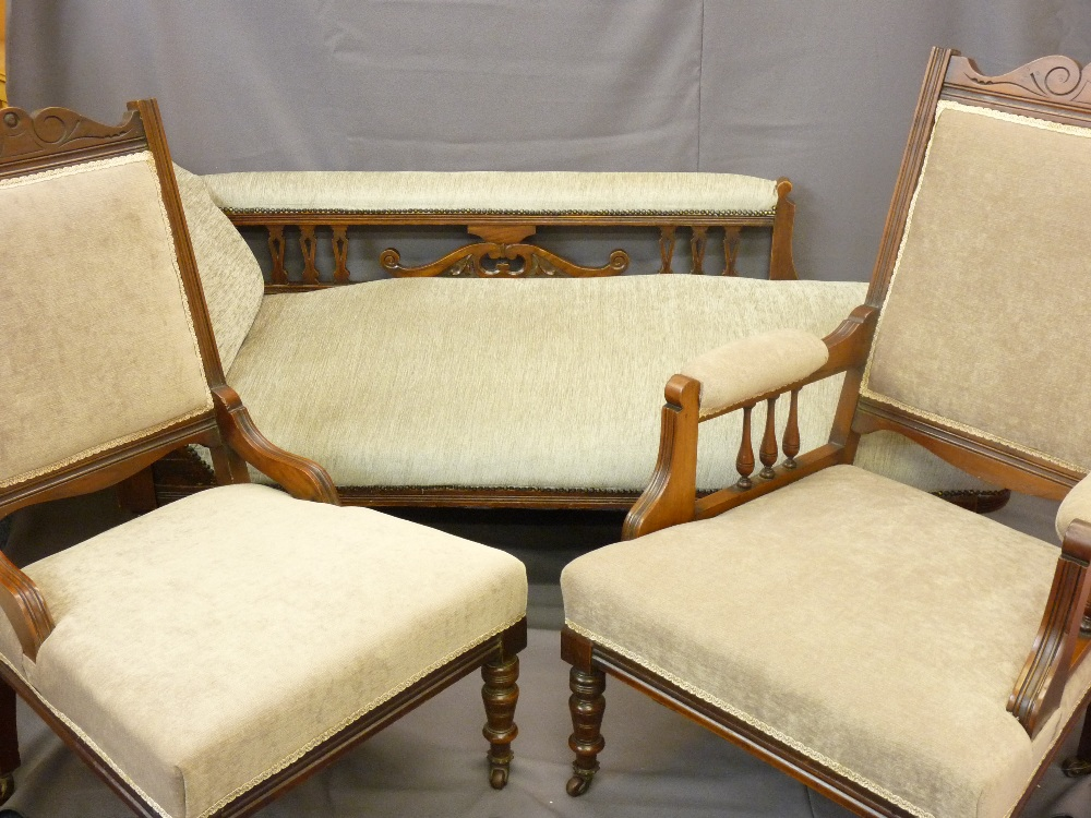 Lot 27 - EDWARDIAN SALON SUITE of chaise longue, 176cms and matching ladies' and gents' chairs