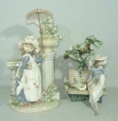 Lladro. Konvolut zwei Figuren. Schirm lose. H. ca. 30 cm u. kl.Lladreo. Lot of two figurines.