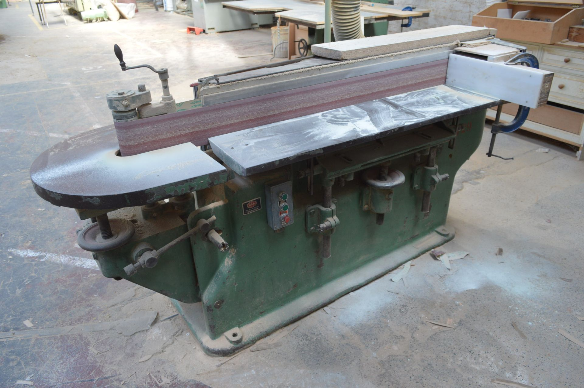 Lot 19 - White EDGE SANDER, serial no. M46615R, with flexible dust extraction ducting