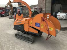 Jensen A 530 T Tracked Chipper, serial no. 5507032210, year of manufacture 2007, indicated hours 1,