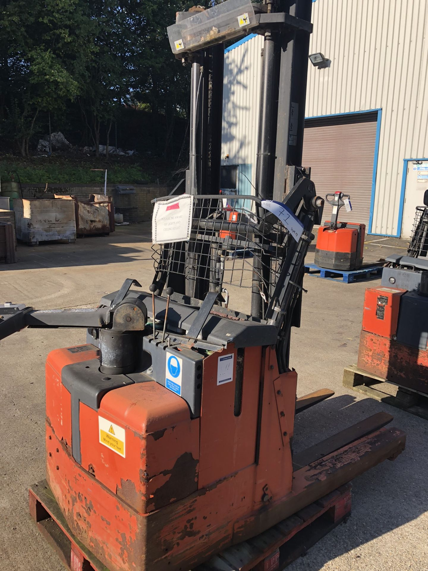 Lot 71 - BT LSR 1200/3 1200kg Reach Truck, serial no. 933158, year of manufacture 2000, lift out charge - £