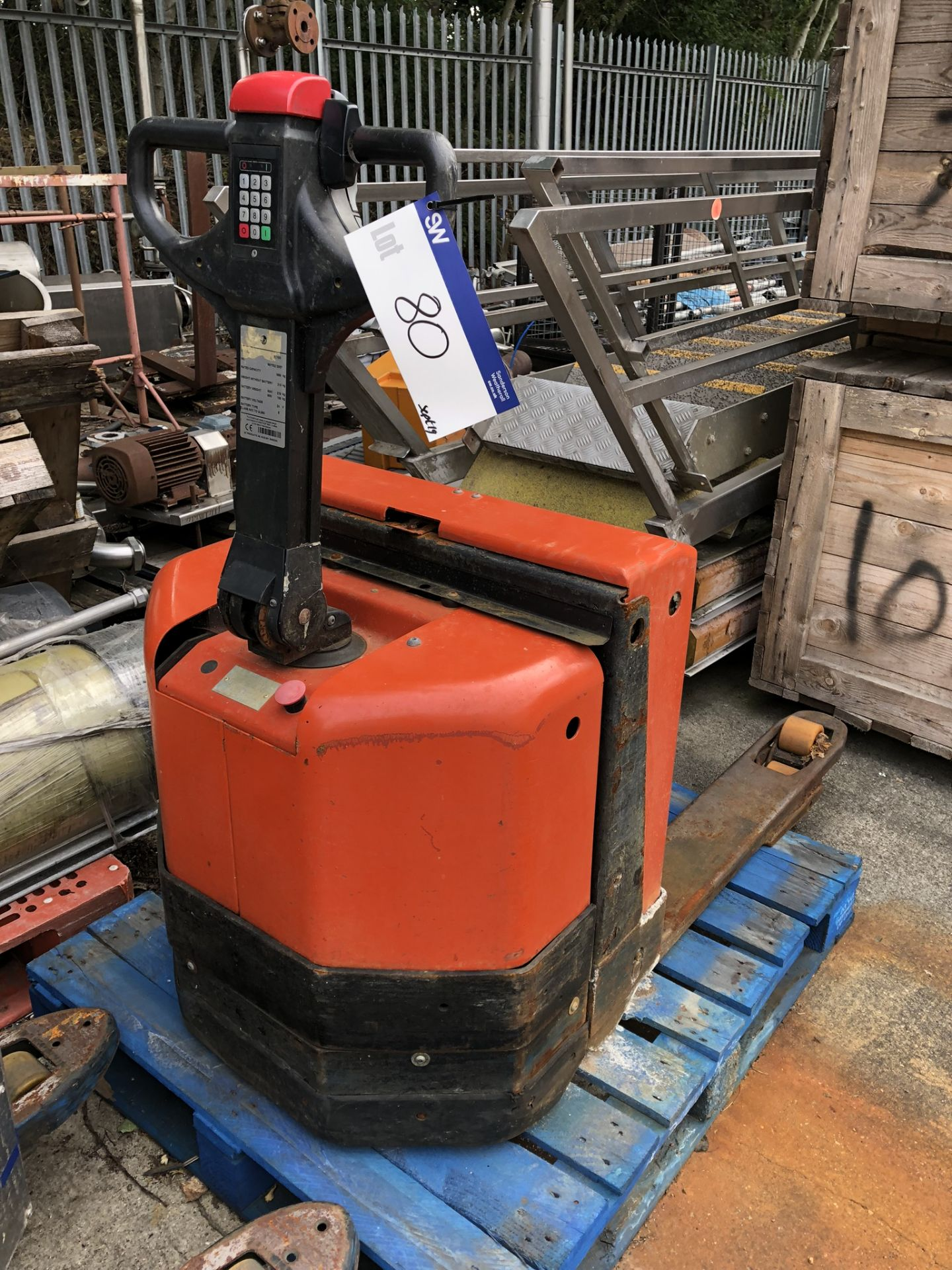 Lot 80 - BT LWE180 1800kg Electric Pallet Truck, serial no. 987702, year of manufacture 2007, lift out charge