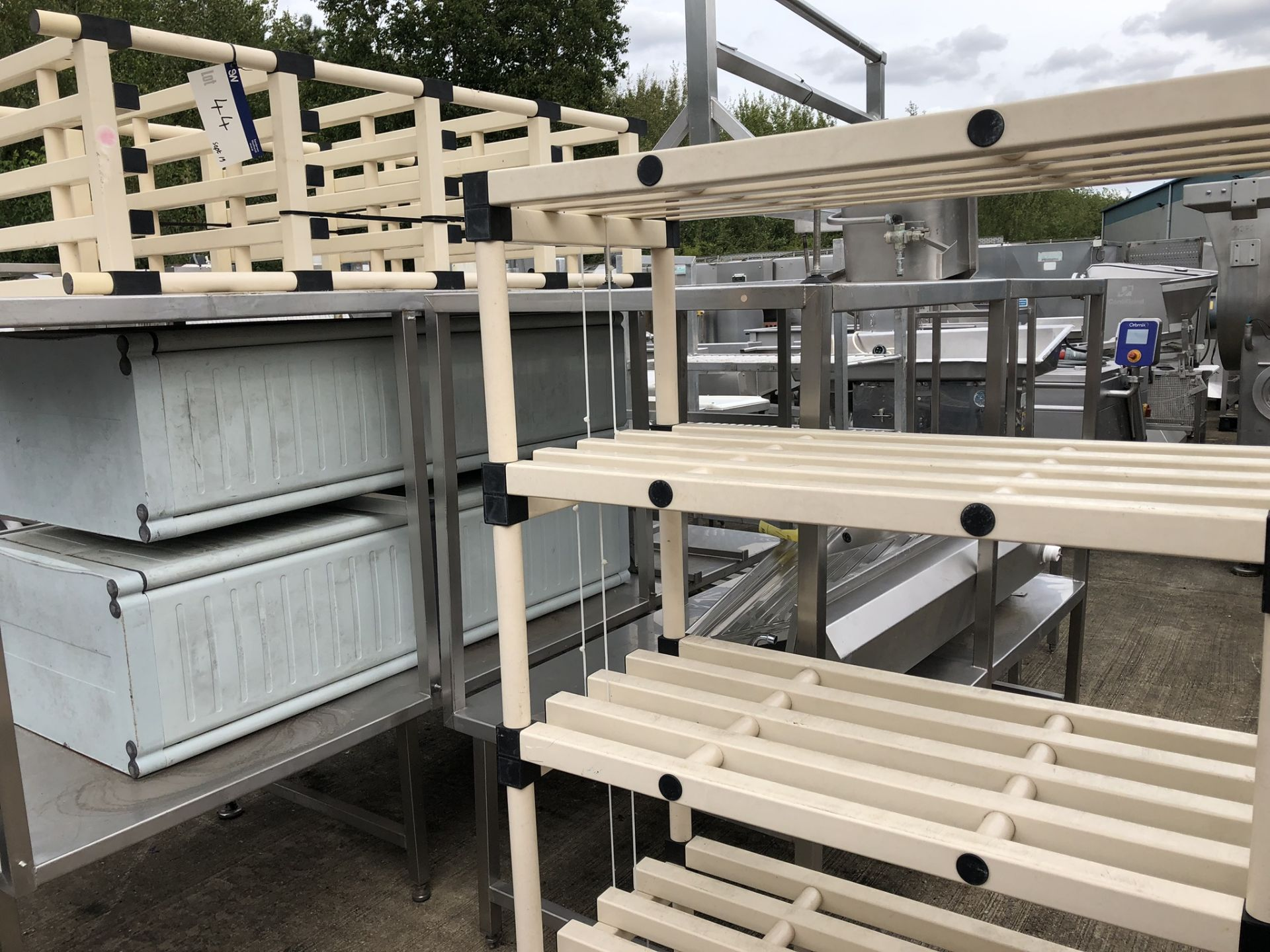 Lotto 44 - Two x Five Shelf Plastic Racks, approx. 1m x 0.5m x 1.7m high, lift out charge - £20
