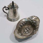 Schälchen / SpardoseU.a. Heilbronn, Bruckmann & Söhne. Silber. Oval mit reliefiertem Früchtedekor