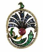 AnhängerUm 1900 18 K GG. Hochovale Form, in stilisierter Blütenform dekoriert mit transluzidem Email