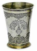 BecherAugsburg, 1729 - 1733, Philipp Stenglin Silber, teilvergoldet. Konischer Becher mit