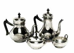 Kaffee- und Teekanne / Zuckerdose und SahnekännchenNiederlande, Van Kempen & Begeer / Schwäbisch